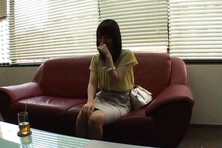 Yuu Kaiba Hot Japanese doll masturbates
