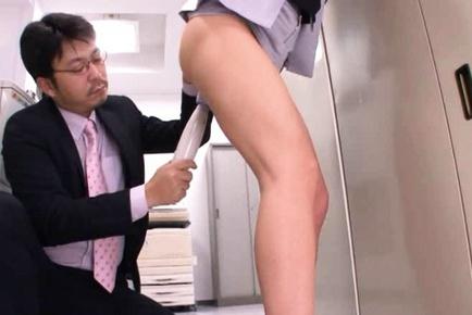 Kinky office babe Yuma Asami gets pounded like mad