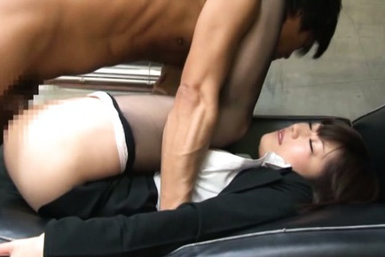 Boss Pulls Down A MILF�s Pantyhose To Bang Her Pussy