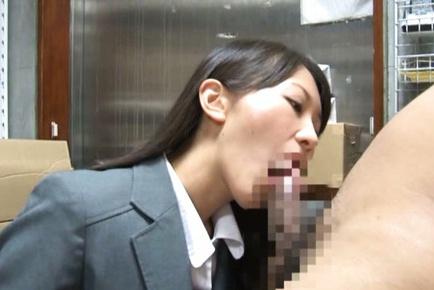Kozue Hirayama is having a hardcore day at work