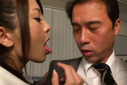 Hot milf Yuna Shiina enjoys office hardcore