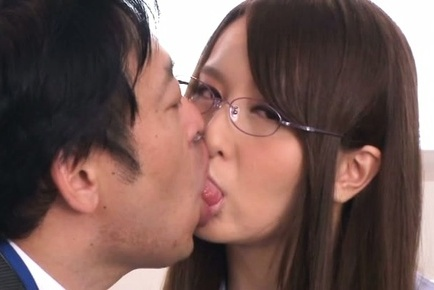 Tall Japanese office chick Jessica Kizaki enjoys kinky foursome sex