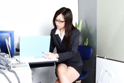 Leggy office lady Nozomi Yui gets seduced and enjoys hot copulation