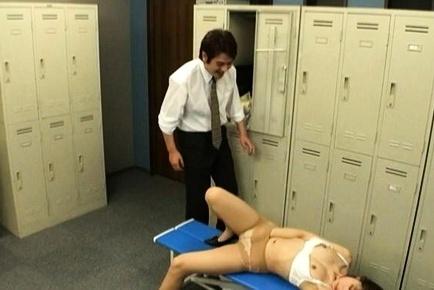 Koto Shizuku, Asian milf caught masturbating in the locker room